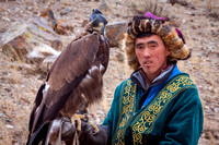 Meeting 2 eagle hunters on their way to the festival